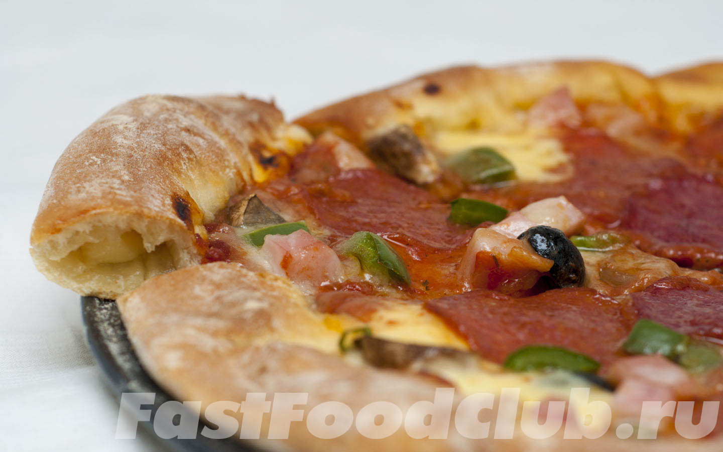 Готовая original stuffed crust pizza